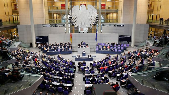 Официалните преговори между партиите в Германия започна