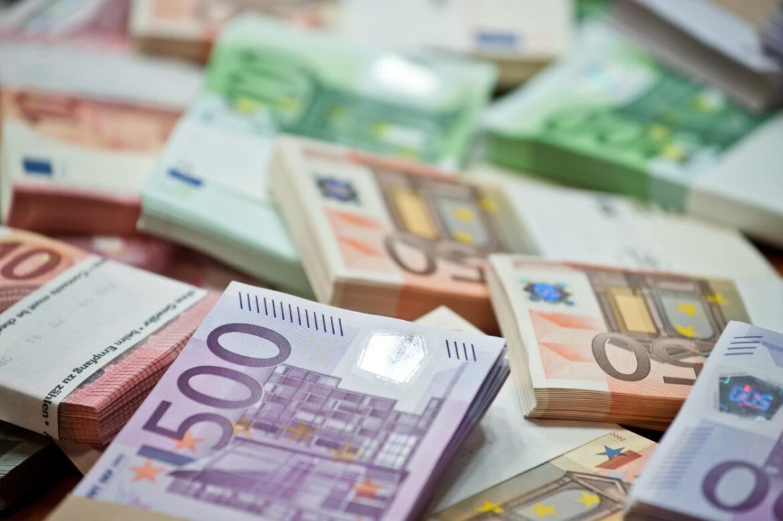 Гърция съди българин за укриване на данъци за над 1,5 млн. евро